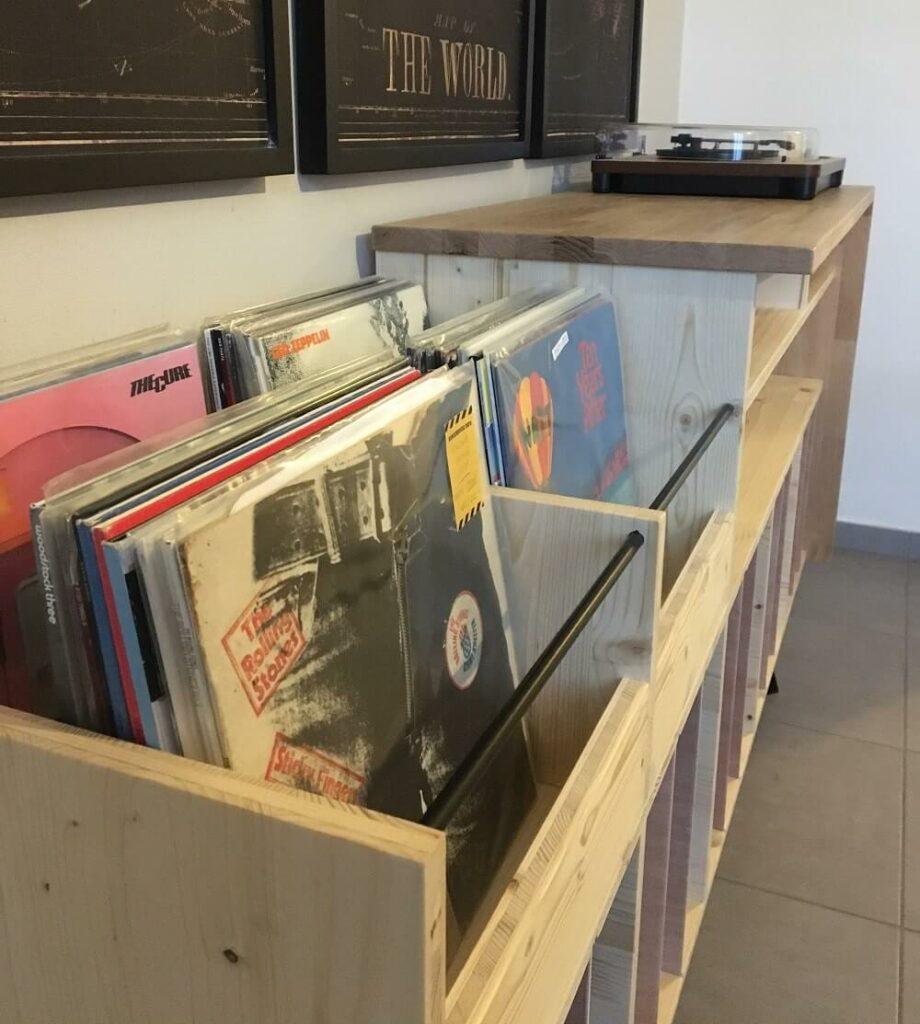 Meuble à vinyles sur mesure - Bacs ouverts